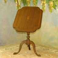 A001 Vintage mahogany tilt top table w/inlaid contrast wood