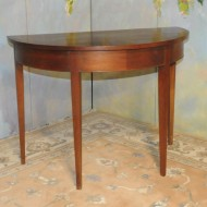 A007 Vintage Demilume Federal style table in mahogany veneer