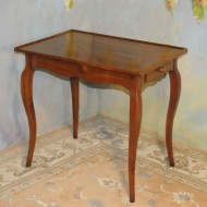 A021 Vintage writing table of Country French design in knotty pine with a light cherry finish