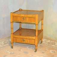 A037 Vintage end table made by Baker Furn. Co, Millingroad collection