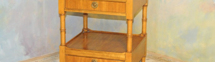 Vintage end table made by Baker Furn. Co, Millingroad collection