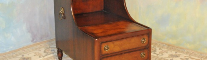 A043 Vintage Step End Table - both levels w/ gold trimmed leather tops