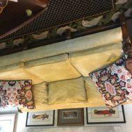 #703 Sofa Jacobean vintage design